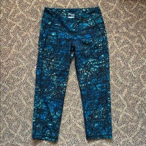 Old Navy Cropped Athletic Leggings